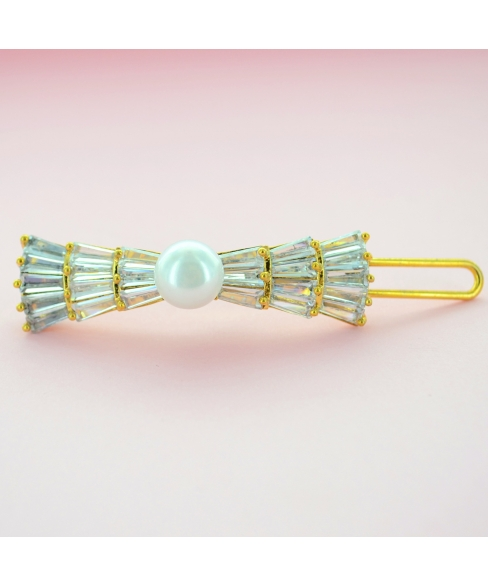 Glamorous CubicZirconia Bow Barrette